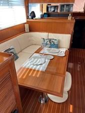 Apres Sail 53 222 Dinette