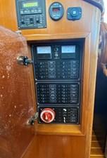 Apres Sail 54 223 Electric Panel