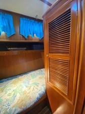 Apres Sail 68 243 Guest Locker