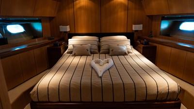 BRAVO DELTA 9 Master Cabin