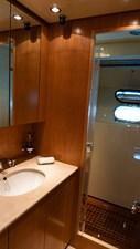 BRAVO DELTA 11 Bathroom Master cabin