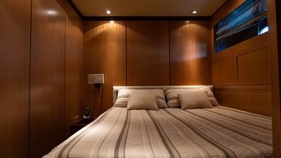 BRAVO DELTA 13 VIP cabin