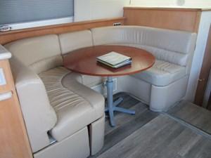 Sea Fox 26 27. Carver 500 Salon Table & Settee