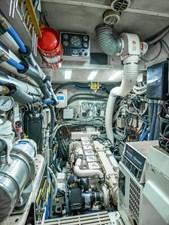 WILD THING 25 Engine Room
