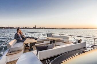 Ferretti Yachts 670 5 FerrettiYachts670Cruising_0004_33096