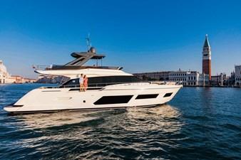 Ferretti Yachts 670 10 FerrettiYachts670Cruising_0009_32821