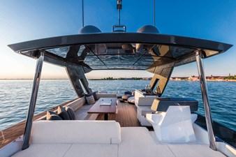 Ferretti Yachts 670 16 FerrettiYachts670Cruising_0015_33099