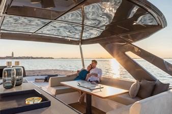 Ferretti Yachts 670 23 FerrettiYachts670Cruising_0022_33100
