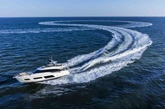 Ferretti Yachts 670 27 FerrettiYachts670Cruising_0026_32838