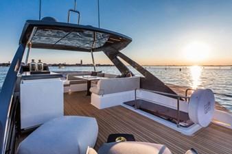 Ferretti Yachts 670 35 FerrettiYachts670Sundeck_0002_32836