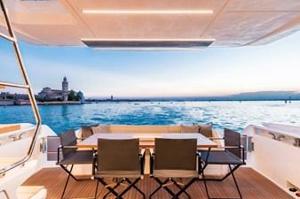 Ferretti Yachts 670 37 FerrettiYachts670Maindeck_0001_32846