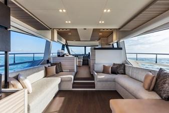 Ferretti Yachts 670 39 FerrettiYachts670Maindeck_0003_38965