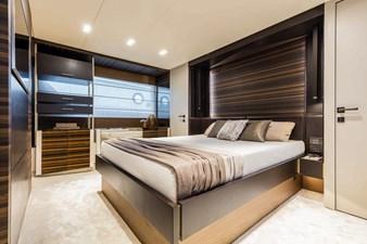 Ferretti Yachts 670 55 FerrettiYachts670Lowerdeck_0000_32853