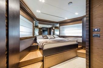 Ferretti Yachts 670 65 FerrettiYachts670Lowerdeck_0010_32861