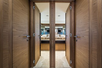 Ferretti Yachts 670 72 FerrettiYachts670Lowerdeck_0017_32865