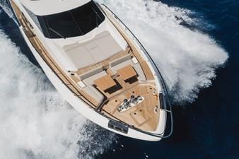 Ferretti Yachts 920 HT  8