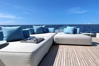 Ferretti Yachts 920 HT  12