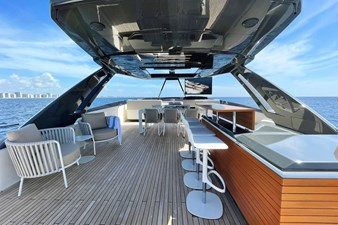 Ferretti Yachts 920 HT  13