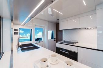 Ferretti Yachts 920 HT  22