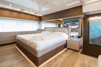 Ferretti Yachts 920 HT  24