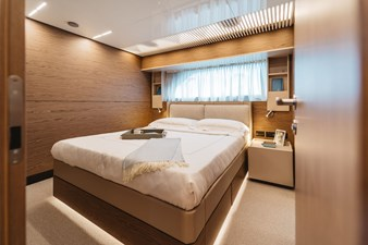 Ferretti Yachts 920 HT  28