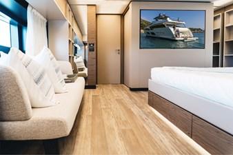 Ferretti Yachts 920 HT  25
