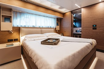 Ferretti Yachts 920 HT  29