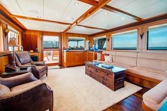 Barbara Sue II 5 4_2777536_2015_outer_reef_yachts_82_cpmy_barbara_sue_ii_salon