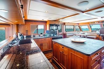 Barbara Sue II 8 8_2777536_2015_outer_reef_yachts_82_cpmy_barbara_sue_ii_galley