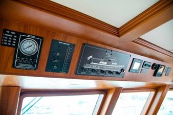 Barbara Sue II 14 16_2777536_2015_outer_reef_yachts_82_cpmy_barbara_sue_ii_helm