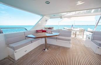 Barbara Sue II 44 50_2777536_2015_outer_reef_yachts_82_cpmy_barbara_sue_ii_flybridge