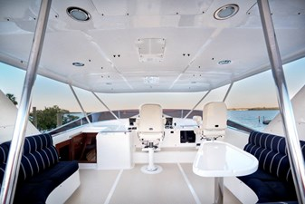 Flybridge with Seating