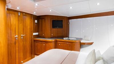 yacht-borkumriff-ii-new-interior-02