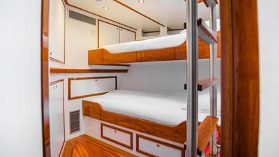 yacht-borkumriff-ii-new-interior-09
