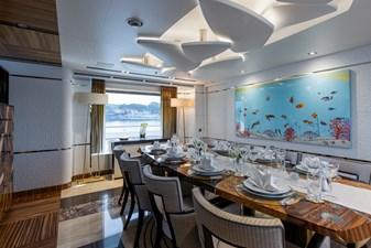 MOON SAND 3 3 - Dining_AVV9058