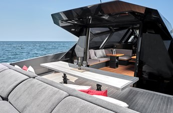 AIFOS 15 DECK SEATING
