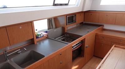 TIKI_Sense_50_sailing_yacht_voilier_008
