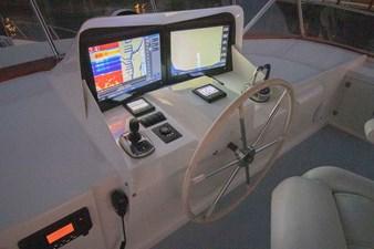 Quiet Storm 34 Flybridge Helm