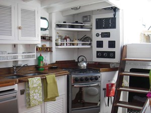 Cabin Entry and Galley to Starboard