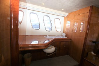 36_2004 68ft Sunseeker Predator SECOND THOUGHTS
