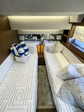 SEADUCTION - Twin Cabin