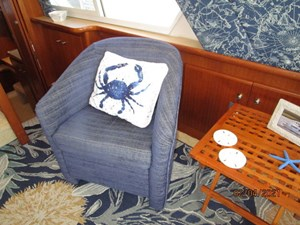 34_2777789_44_carver_salon_port_lounge_chair