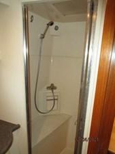 48_2777789_44_carver_master_stateroom_shower