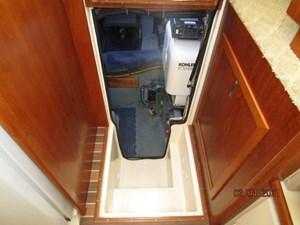53_2777789_44_carver_engine_room_entrance