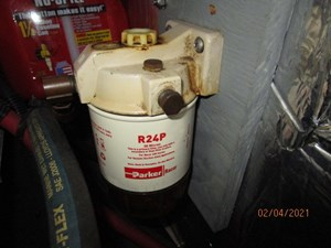 63_2777789_44_carver_generator_fuel_filter