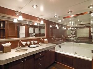 Voyager Master Bath 18