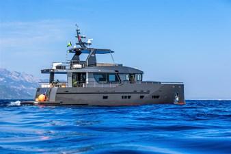 Bering B70 2022 26 Bering B70 explorer yacht