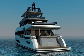 Bering B 107 explorer yacht