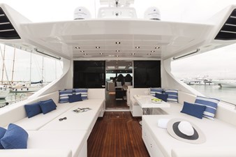 MY TOY 2 Aft deck seating