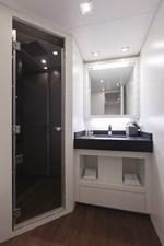 MY TOY 18 Bathroom 2